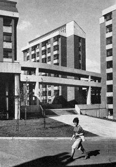 Charles Morris Hall, University of Leeds, West Yorkshire, England, 1963-66  (Chamberlin, Powell & Bon)