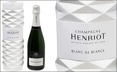 Champagnes in stylish 'squeezed' gift boxes