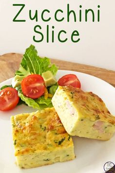 This Zucchini Slice is a delicious, easy meal that can be quickly whipped up for dinner, and then the extra frozen for lunches or snacks during the week. Heart Healthy Recipes, Baby Food Recipes, Healthy Snacks, Cooking Recipes, Dessert Recipes, Easy Zucchini Slice, Zuccini Slice, Easy Slice, Vegetable Recipes