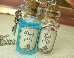 EAT Me & DRINK Me Alice in Wonderland 2ml Glass Bottle Necklace Set - Cork Vial Pendants - Halloween Potion Fairy Tale Charm