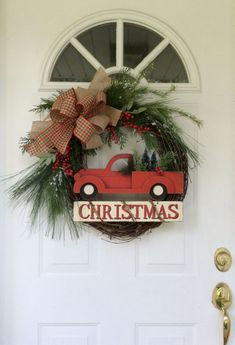 33 Cute Farmhouse Christmas Decor Ideas