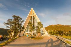 La espectacular catedral del ártico en Tromso en un maravilloso set de fotos deLuis Rodrigueze