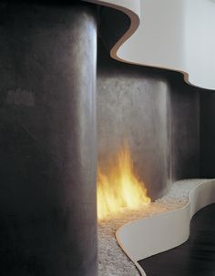 love this modern gel fireplace Home Fireplace, Fireplace Surrounds, Fireplace Design, Interior Exterior, Exterior Design, Architecture Details, Interior Architecture, Curved Walls, Light My Fire