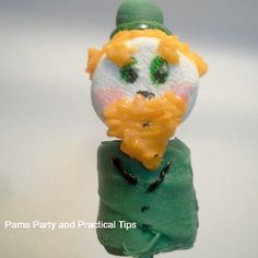 When you make a Leprechaun Lollipop you'll know that you have the luck of the Irish. Kids can make these edible crafts, snap a picture for memories sake, and then gobble them right up. Patrick's Day crafts for children are a fun way to celebrate. Activities For Kids, Crafts For Kids, Edible Crafts, Marshmallow Pops, Luck Of The Irish, Good Cheer, Leprechaun, St Patricks Day, Kids Meals