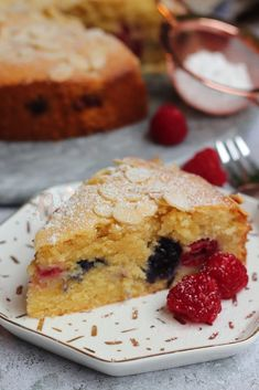 *This post may contain affiliate links. Please see my disclosure for more details!* A Simple, Delicious Bakewell Cake with Fresh Berries and Almonds! A couple. Tart Recipes, Sweet Recipes, Baking Recipes, Baking Ideas, Flour Recipes, Almond Recipes, Bakewell Cake, Bakewell Traybake, Janes Patisserie