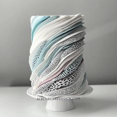 Top Wedding Cake Trends for 2020 - Fab Wedding Dress, Nail art designs, Hair colors , Cakes Fancy Cakes, Cute Cakes, Pretty Cakes, Beautiful Cakes, Amazing Cakes, Crazy Cakes, Amazing Art, Modern Cakes, Unique Cakes