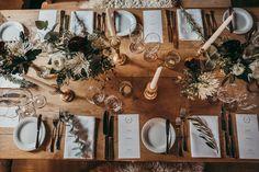 Tischdekoration Hochzeit I Wedding Tablescape rustic table decoration for wedding - Modern alpine wedding in Marsala and green Edgy Wedding, Wedding Tags, Post Wedding, Green Wedding, Wedding Shoot, Wedding Blog, Wedding Ideas, Recycled Wedding, Marsala