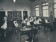 Malaga Cove School classroom, Palos Verdes Estates, California by Palos Verdes Local History, via Flickr