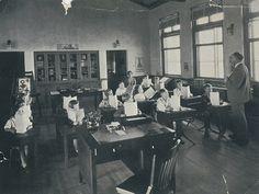 Malaga Cove School classroom, Palos Verdes Estates, California by Palos Verdes Local History, via Flickr