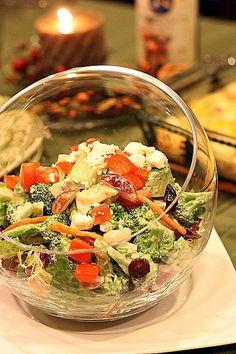 グレープと青りんごのブロッコリー&カリフラワーサラダ、ヨーグルトレモンドレッシング
