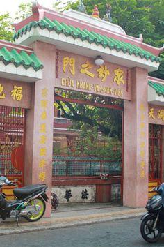 khanh van nam vien pagoda - Google Search