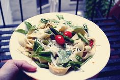 pasta with asparagus and cherry tomatoes by Sandra Beijer