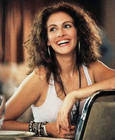 Julia Roberts in Pretty Woman | 90s Fashion ~ Repinned by Federal Financial Group LLC #FederalFinancialGroupLLC ffg2.com #ThrowBackThursday Http://facebook.com/federal.financial.group.llc