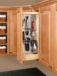 """""""Designed for 9"""" wall cabinets, this pullout features UV cured maple hardwood with a magnetic-grade stainless steel panel. Included accessory hooks allow you to customize your storage needs"""""""