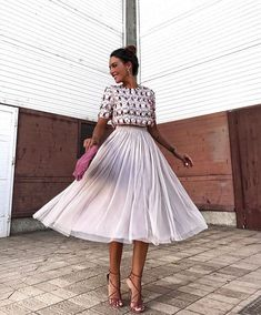 115 most stylish wedding guest dresses for spring 37 Event Dresses, Fashion Images, Mode Inspiration, Skirt Outfits, Dress To Impress, Spring Outfits, Spring Fashion, Beautiful Dresses, Ideias Fashion