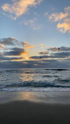 Beautiful Landscape Wallpaper, Nature Wallpaper, Beautiful Landscapes, Aesthetic Photography Nature, Nature Aesthetic, Nature Photography, Beach Sunset Wallpaper, Sunrise Photography, Beautiful Photos Of Nature