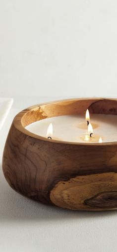Everything looks better bathed in a warm glow. Be sure to consider using different sizes and designs – from classic pillar candles to glass hurricanes. Taper candles in slim-lined holders work beautifully as table centerpieces and on buffets. Tealights make a stunning addition when scattered across table surfaces. #fallbedroomideas #fallbedroom #falldecoratingideas #fallhomedecor #falldecor #autumn #decoratingideas #decoratingtips #candles #fallcandles Rustic Design, Rustic Style, Rustic Decor, Fall Candles, Taper Candles, Fall Bedroom, Rustic Lighting, Fall Home Decor, Rustic Interiors