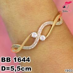 Gold Bangles Design, Gold Jewellery Design, Gold Jewelry, Gold N, Bracelet Designs, Wedding Jewelry, Bangle Bracelets, Bengali Wedding, Ear