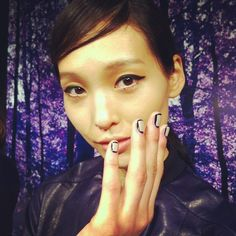 outlined nails at Charlotte Ronson - Photo by budgetbabe