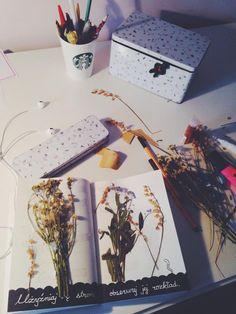 Podesłała Julia. #ZniszczTenDziennik #KeriSmith #Starbucks #kwiaty #flowers #