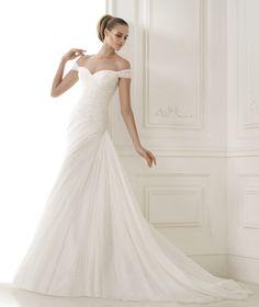 Vestidos de novia de la colección Fashion 2015 - Pronovias