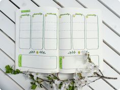 Bullet Journal weekly spread Wochenübersicht Layout Ideen Terminplanung Bullet Journal Weekly Spread, Bullet Journal Layout, Filofax, Flower Doodles, Bujo, Hand Lettering, Inspiration, Journal Ideas, Bullet Journal Ideas