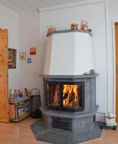 varaava takka Stove, Home Appliances, Colours, Decorating, Wood, Plants, Ideas, Kitchen Cook, House Appliances