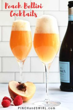 An easy recipe for the classic Peach Bellini cocktail - made famous by Harry's Bar in Venice, Italy! Make it in minutes with white peaches, prosecco and a handful of fresh raspberries for that signature pink glow! Bellini Cocktail, Prosecco Cocktails, Easy Cocktails, Cocktail Recipes, Summer Cocktails, Dinner Recipes, Cocktail Drinks, Peach Bellini Recipe, Smoothie Recipes