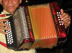 Here we present the most traditional colombian instruments at the heart of Colombian music.