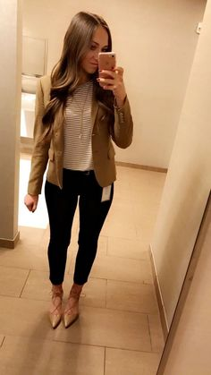 41 Trendy Ideas Medical Office Attire Style Source by work attire Fall Outfits For Work, Casual Work Outfits, Work Casual, Cute Office Outfits, Outfit Work, Chic Outfits, Business Professional Outfits, Business Casual Outfits, Business Attire