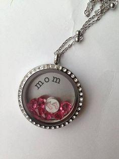 Silver large locket with large personalized plate by LucysLocketss, $55.00 Lockets, Plate, Pendant Necklace, Jewellery, Personalized Items, Trending Outfits, Unique Jewelry, Handmade Gifts, Silver
