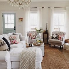Best Shabby Chic Living Room Decor Ideas - Have smart thoughts when you want to decorate a room cheaply and nicely. Some people believe that redecorating a living room will involve a big budget. French Country Living Room, Shabby Chic Living Room, Home Living Room, Living Room Furniture, Living Room Designs, Living Room Decor, Country French, Modern Furniture, French Cottage