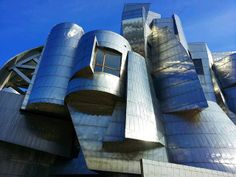Frederick R. Weisman Art Museum, Minneapolis, MN.   Designed by Architect Frank Gehry
