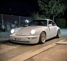 Porsche 911 964, Porsche Motorsport, Porsche Cars, Vintage Porsche, Future Car, Automatic Transmission, Custom Cars, Euro, Classic Cars