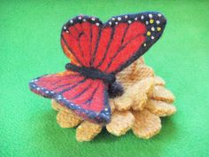 Needle Felted Monarch Butterfly Pin, via Flickr.