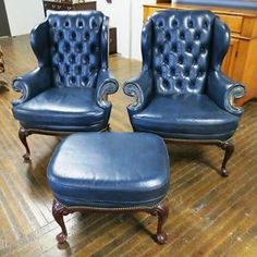 Leather Pair Hancock And Moore Cromwell Tufted Wing Chairs Ottoman Excellent