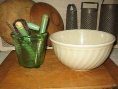 VTG KITCHEN LOT-WHITE FIRE KING BOWL-GREEN HANDLE UTENSILS-GREEN GLASS MEASURE