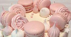 Blog o pečení všeho sladkého i slaného, buchty, koláče, záviny, rolády, dorty, cupcakes, cheesecakes, makronky, chleba, bagety, pizza. Oreo Cupcakes, Getting Hungry, Pavlova, Royal Icing, Macarons, Meringue, Baked Goods, Sweet Recipes, Coffee Shop
