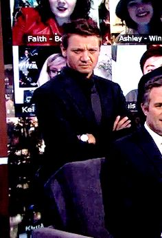 Jeremy Renner. His expression! Hahahaha!!