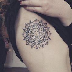 tatuagem traços finos