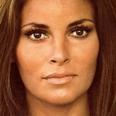 What do people think of Raquel Welch? See opinions and rankings about Raquel Welch across various lists and topics. Prettiest Actresses, Beautiful Actresses, Raquel Welch Young, Divas, Brown Eyed Girls, Iconic Movies, Timeless Beauty, Iconic Beauty, Celebrity Babies