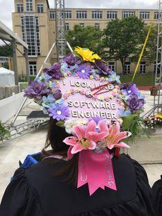 #cap #graduation #crafty #ilooklikeanengineer Graduation Cap Designs, Graduation Cap Decoration, Graduation Caps, Grad Cap, Graduation Photos, College Graduation, Cap Decorations, Cap Ideas, Senior Year
