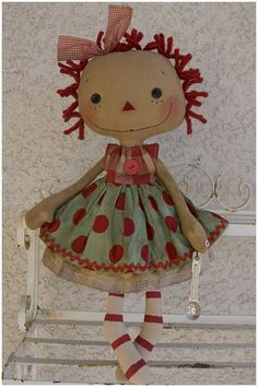 This is a really cute little Raggedy Ann :)