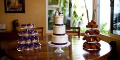 """Having a wedding at home takes some preparation. Is your house ready? Read http://weddings.gatheringguide.com/ac/wedding-locations-ideas-trends/get-your-home-wedding-ready - Photo by kathy ireland Weddings, with the article """"Get Your Home """"Wedding Ready"""""""". #wedding #home #cake #athome #house #weddingplanning #cupcakes"""