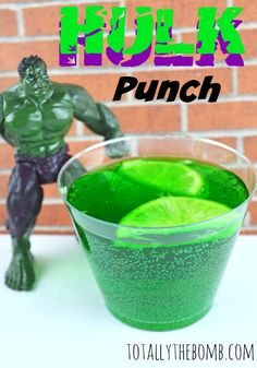 Make your own Hulk punch- lemonade, lime cordial, fresh limes, food colouring. Hulk Birthday Parties, 4th Birthday, Birthday Stuff, Birthday Ideas, Hulk Drink, Punch Recipes For Kids, Hulk Party, Superhero Party, Kids Punch