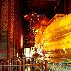 What Po reclining Buddha... Bangkok Thailand