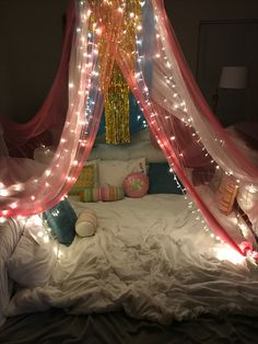 Bedroom Dream Rooms Romantic Sleep Ideas For 2019 Dream Rooms, Dream Bedroom, Girls Bedroom, Bedroom Decor, Sleepover Fort, Fun Sleepover Ideas, Ideas Dormitorios, Cozy Room, Slumber Parties