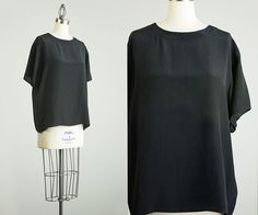 90s Vintage Black Silk Box Shirt / Large by decades on Etsy, $30.00