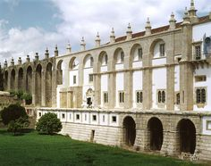 Convento, fachada Sul e Aqueduto