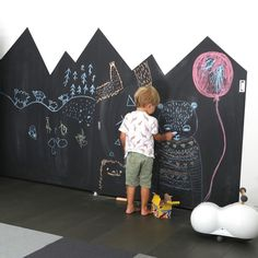 "좋아요 160개, 댓글 14개 - Instagram의 JUJUZOZO(@jujuzozokids)님: ""If you've ever wanted to make a DIY chalkboard wall check out my latest blog entry! It's super…"""